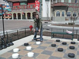Jas losing at checkers